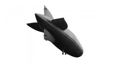 Nutidens krigsførelse med droner vækker minder om Tysklands brug af luftskibe i Første Verdenskrig, mener en tidligere generalmajor i USA's flyvevåben. En vigtig forskel er dog dronepiloternes afstand fra kamppladsen. Netop den afstand er genstand for debat i USA