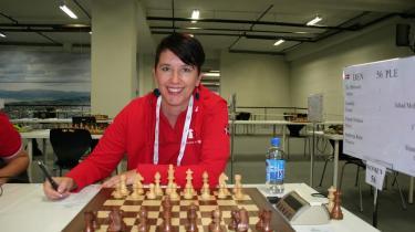 Den danske skakspiller Sandra de Blecourt kom stærkt tilbage efter miseren mod Skotland.