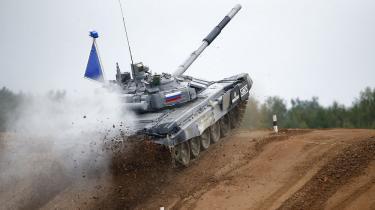 Deltagerlisten giver måske et fingerpeg om, hvorfor de færreste vesterlændinge har hørt om kampvogns-VM: Angola, Armenien, Hviderusland, Indien, Kasakhstan, Kina, Kirgisistan, Kuwait, Mongoliet, Rusland, Serbien og Venezuela. På billedet ses den vindende russiske tank