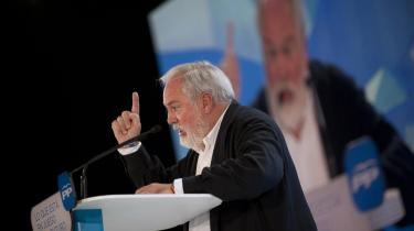 EU's nyudnævnte klima- og energikommissær Miguel Arias Cañete fra spanske Partido Popular er tidligere direktør for en olievirksomhed og mener, at kvinder ikke kan hamle op med hans store intellekt.