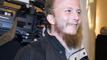 Den svenske hacker Gottfrid Svartholm Warg er sigtet for at have brudt ind i og kopieret oplysninger fra Rigspolitiets kriminalregister og kørekortregister. Men ifølge den amerikanske hacker Jacob Appelbaum, som i går var indkaldt som ekspertvidne, kan andre hackere nemt have udført angrebet via adgang til Gottfrid Svartholm Wargs computer