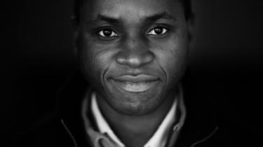 'Jeg er vokset op i det nordlige Malawi. I slutningen af 90'erne havde vi den første oversvømmelse – siden er de kommet hvert år, også i mit eget hjem.' Klimaforandringerne når helt til hoveddøren hos Herbert Mwalukomo, 36-årig klimaaktivist.