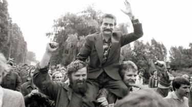 Frihedskamp. LechWalesa i spidsen for strejkende arbejdere på Lenin-værftet i Gdansk i 1980. Men har friheden en grænse, hvis fællesskabet skal bevares? Og kan frihed uden fælles mål føre til andet end opløsning, spørger kritikken.