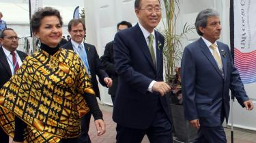 Christiana Figueres (t.v.) er chef for FN's organ for klimaforandringer, FN's generalsekretær, Ban Ki-moon, og Perus miljøminister, Manuel Pulgar-Vidal (t.h.), ankom til klimatopmødet for at indskærpe, at deltagerne finder fælles fodslag om en løsning.