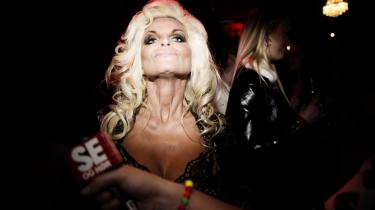 47-årige 'Stephanie Star' er kendt som realityindustriens 'cougar', da hun går efter at date yngre mænd. Hun blev kendt for sin medvirken i Kanal 4-programmet 'Singleliv'.
