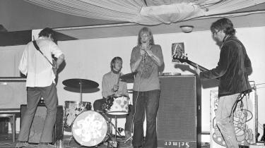 Steppeulvene eksisterede kun i ni måneder, men legenden lever næsten 50 år efter. Her en af deres koncerter anno 1967. Fra venstre er det Stig Møller, Preben Devantier, Eik Skaløe og Søren Seirup.