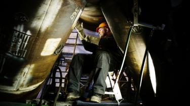Der er behov for en tilgang af nye unge metalarbejdere. Ledigheden blandt Dansk Metals medlemmer er nemlig nu så lav, at industriens vækst er truet, og det skyldes både fremgang, men også at der går flere på pension, end der kommer ind i branchen.