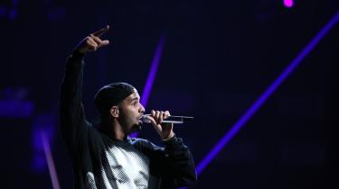 Drake balancerer sin selverkendelse på mini-malistiske beats og selvmodsigelser på sin hidtil mest mørke og konsekvente hiphopplade