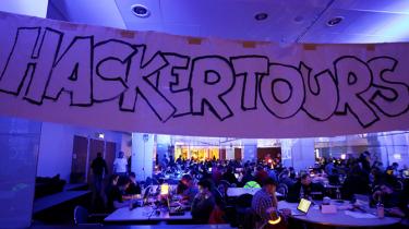 å hackerkonferencen Chaos Communication Congress i Hamborg i december sidste år kunne to tyske it-eksperter fortælle om sikkerhedsbrister i det globale mobiltelefonnetværk