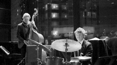 Trommeslager Andreas Svendsen studerer ved Manhattan School of Music. Hans forældre er også trommeslagere, og deres opbakning og det faglige fællesskab, han har med dem, har betydet meget for hans karriere.