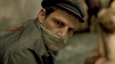 Géza Röhrigsom koncentrationslejrfangen Saul i Laszlo Nemes' rædselsvækkende 'Saul fia'. Foto: Filmfestivalen i Cannes