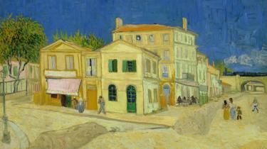 Udstillingen 'Van Gogh+Munch' sætter de to kunstneres værker i dialog med hinanden. Her er det til venstre Vincent van Goghs 'Det gule hus', 1888 (Foto: Van Gogh Museet i Amsterdam) over for Edvard Munchs 'Rød vildvin', 1898-1900.