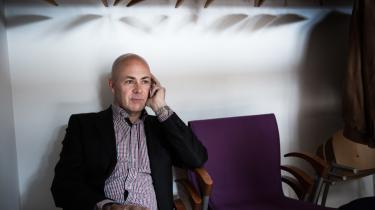 Claus Oxfeldt har været formand for Politiforbundet siden 2013. Han har i den periode været meget synlig i mediebilledet og er blevet kendt for at gå i forsvar for sine betjente – også i møgsager, hvor det ville tjene ham bedre at kigge indad, mener kritikere.