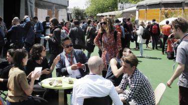 En stor del af diskussionerne på OuiShare Fest handlede om, at deleøkonomien skifter karakter, når den vokser fra at være nabotjenester til at blive en væsentlig del af den 'rigtige', professionelle økonomi.