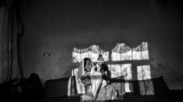 Børn, unge og kvinder – mennesker, der i patriarkalske hierarkier er underordnet andre – står i centrum i de fleste af de afghanske noveller i antologien 'Mælk og sukker'.