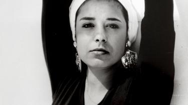 'Men jeg trodsede mine drømme, og jeg giftede mig uden at have hjertet med,' siger Silvana Mouazan.Privatfoto af Silvana Mouazan da hun endnu var ugift.