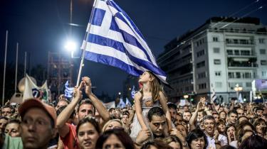 Tilhængere af et nej ved folkeafstemningen samlede sig i aftes på Syntagma-pladsen i det centrale Athen, da resultatet var klart