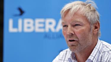 'Jeg har svært ved at finde videnskabeligt belæg for, at den menneskeskabte CO2 er den afgørende forklaring på ændringerne i klimaet historisk set. Klimaet har altid ændret sig, og at alle klimamodellerne hidtil har vist sig at tage fejl,' siger Liberal Alliances klimaordfører Villum Christensen.