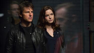 Den ambivalente figur Ilsa udfordrer Tom Cruises omnipotente actionfigur i den nye Mission Impossible-film, og det klæder filmen. Foto: UIP