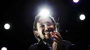 Pablo Iglesias er leder af spanske Podemos, som står til at få stor indflydelse på spansk politik efter næste parlamentsvalg.