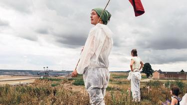 Lørdag tørnede 1.200 klimaaktivister sammen med tysk politi i en kulmine lidt uden for Köln. Iblandt dem var ikke kun garvede aktivister, men også nybegyndere inden for civil ulydighed. 'Der er brug for at tage det næste skridt i klimakampen,' siger en af de spirende forkæmpere for miljøet