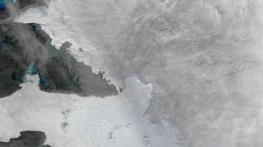 Jakobshavn-gletscheren er særligt spektakulær, fordi den alene kan bidrage mere til stigende vandstande i havene end nogen anden gletscher på den nordlige halvkugle, men tendensen ligner de fleste andre gletschere på kloden