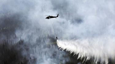 Ifølge Obama mærker USA's befolkning allerede i dag effekterne af klimaforandringerne: mere alvorlige tørkeperioder, løbske skovbrande og oversvømmelser.