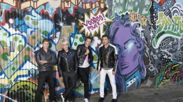 Duran Duran forsøger på deres nye plade at være ung med de unge, men kommer til at lyde som en skygge af en masse andre bands.