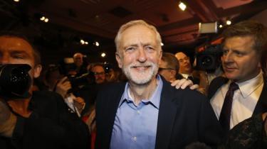 Labours nye partileder, Jeremy Corbyn, står over for en monumental opgave i forhold til at samle sit parti om én fælles politik. De første tegn er ikke lovende