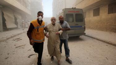 FN's Sikkerhedsråd angribes for sin fiasko med hensyn til at få sat en stopper for krigen i Syrien.