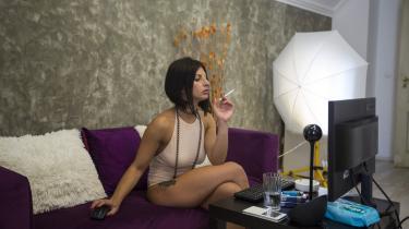 Camming er blevet et stort ord i pornoindustrien hjulpet frem af billig teknologi, hurtige internethastigheder – og fattigdom