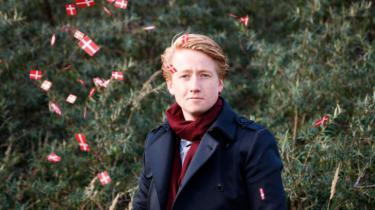 Medlemmerne af Dansk Folkepartis Ungdom kommer fra alle sociale lag, siger den nye formand, Lucas Hultgren. Han glæder sig over, at unge igen kan udvise kærlighed til nationen