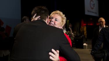 Der blev krammet igennem på podiet, da Lizette Risgaard i sidste uge vandt en overbevisende sejr i kampen om formandsposten i LO. Allerede weekenden efter knuste hun det mobbedynasti, der gennem otte år angiveligt havde forhindret hende i at arbejde som næstformand. Afregningen bestod i en fyreseddel.