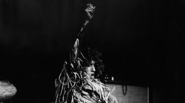 Det er i denne uge et halvt århundrede siden, The Who krævede, at verden hørte ungdommens opråb på nummeret 'My Generation'. The Who-fan og museumsdirektør i Den Gamle By, Thomas Bloch Ravn, fortæller om nummeret og den dag, bandet leverede den voldsomste begivenhed i aarhusiansk rockhistorie