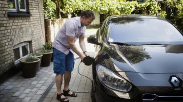 Der er brug for markante reduktioner i transportsektorens udledning af drivhusgasser, mener Klimarådet, der anbefaler et skift til el- og hybridbiler. Arkiv