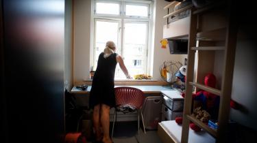Vold mod kvinder er stadig et problem i samfundet, mener dagens kronikør. Her er det kvindehjemmet på Jagtvej i København, hvor voldsudsatte kvinder kan flytte ind med deres børn.