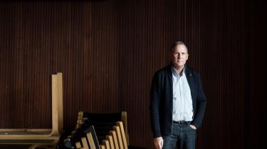 Røde Kors har i 2015 både oplevet kraftig kritik og stor opbakning. For generalsekretær Anders Ladekarl har det været et år som ingen andre, og det har handlet om 'at kæmpe sig frem uden nogensinde at kunne gøre det godt nok'.