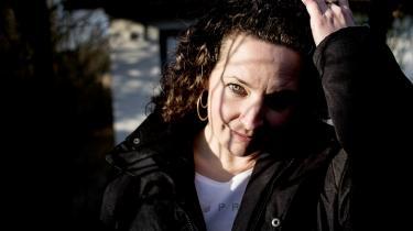 Anne-Cathrine Riebnitzsky er både uddannet forfatter og sprogofficer og er nu aktuel med sin fjerde bog.