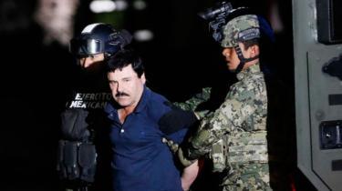 Verdens mest eftersøgte, den mexicanske narkokonge Joaquin Guzmán, også kendt som 'El Chapo' (Stumpen – på knap 168 cm) blev fanget af Mexicos militær i fredags. Han ville have drejet en storfilm om sit liv. Den amerikanske skuespiller Sean Penn interviewede ham i oktober til Rolling Stone med kritik til følge.