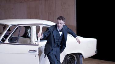 Olaf Johannessen er fuldkommen fabelagtig som den evige alkoholiker i Brechts 'Puntila' på Skuespilhuset.