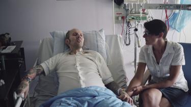 I sin sidste tid boede kræftsyge Kenneth Ejner Hulgreen hjemme hos kæresten Maja Vogtmann. Han døde i november 2014.