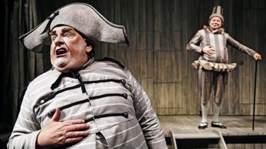 Ole Thestrup lægger sjovt ud som en brovtende Jeronimus i Folketeatrets nyopsætning af 'Jean de France'. Men forestillingen bliver langtrukken med sine usammenhængende indfald.