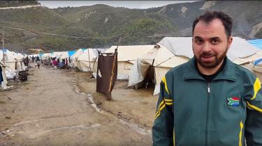 Den syriske læge Ahmad Ghandour var tidligere i år taget op mod nord til en flygtningelejr nær byen A'zaz, hvor der mandag blev bombet et hospital. Ahmad Ghandour siger, at han selv kender til 38 læger og sygeplejersker, der er blevet dræbt den seneste måned.Privatfoto