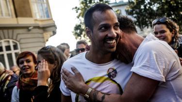 En demonstration mod russiske love mod homoseksuelle foran Ruslands ambassade i København. Mere end 10.000 mennesker var mødt op for at deltage i demonstrationen i juni 2013.