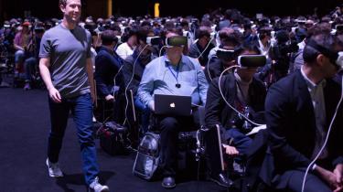 Dette billede er et kig ind i fremtiden. En fremtid fuld af smarte teknologier, men som af en eller anden grund ikke ser sådan rigtig rar ud