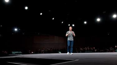 Hverken Apple, Facebook eller Google er velgørende organisationer, og de har ingen publicistiske målsætninger. Men har de mindre medievirksomheder råd til at afvise dem?