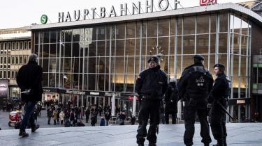 Begivenhederne i Köln er øjensynligt så betændte, at man faktisk helst ikke skal tale om dem, mener Pascal Bruckner. Men modige, vigtige og afvigende stemmer skal opmuntres og beskyttes, hvis der skal opbygges et fredeligt og moderat islam i Europa.