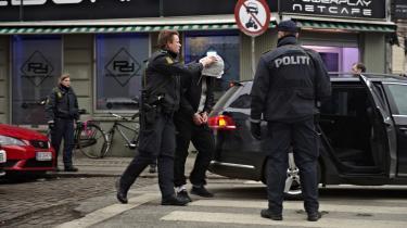 Efter terrorattentatet mod Krudttønden og synagogen i København, ransagede politiet denne netcafé. Her mistænker man de fire tiltalte for at have betalt for en computer, som man mener, Omar El-Hussein brugte til at søge sig frem til synagogen i tiden mellem de to angreb