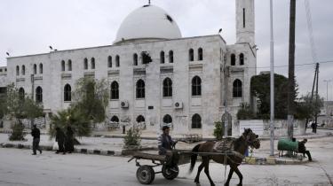 'Arabere, tyrkere og iranere har levet side om side i årtusinder. Det er dem og ikke udefrakommende kræfter, der må føre an på vejen mod stabilitet i regionen,' skriver dagens kronikør.