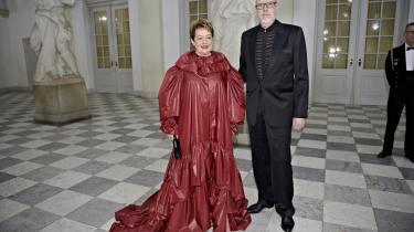 Da først billedet af Ghita Nørby i den røde designerkjole var ude, overskyggede det alt andet i dækningen af kulturballet hos kongefamilien